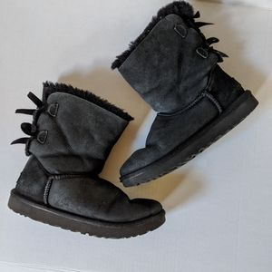 Black Bow Bailey Short Ugg Boots